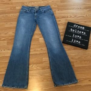 BKE Jeans Star Stretch Size 28X33 1/2